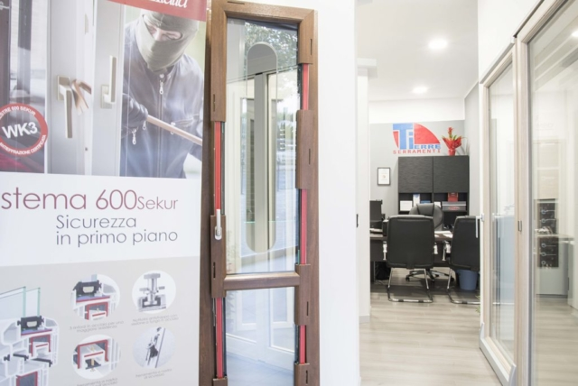 showroom tierre serramenti